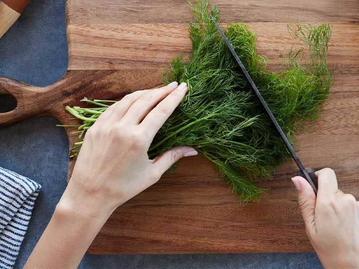سبزی شوید تخته