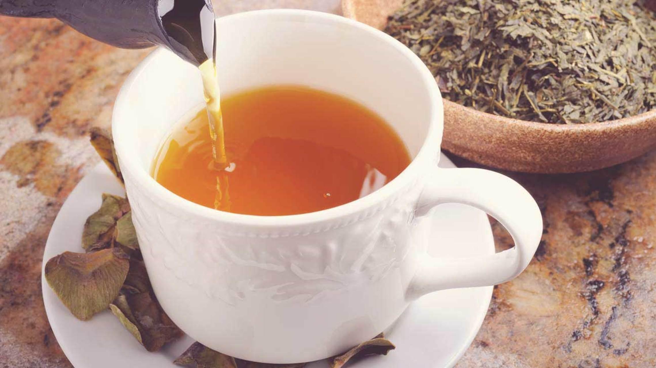 چای سبز و مقدار نوشیدن طی روز