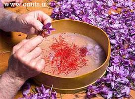 چگونه زعفران را سریع پاک کنیم؟